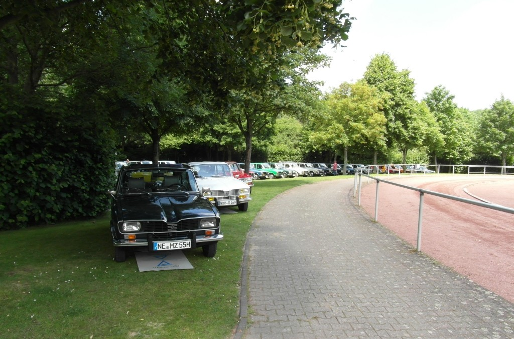 Internationales Renault – und Renault 16 Treffen in Grevenbroich